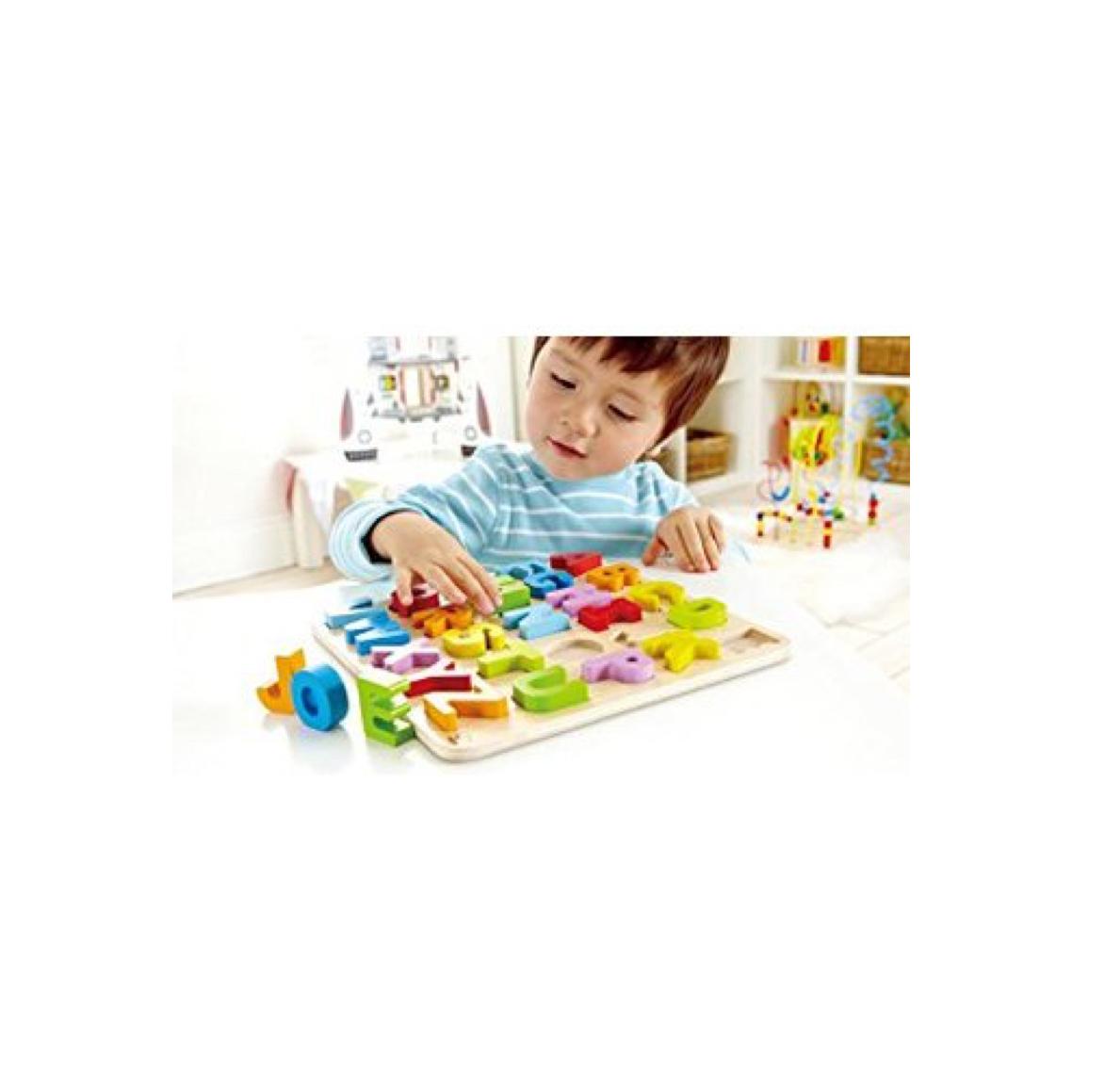 puzzle-alfabeto-madera-mayusculas-de-hape-en-el-mundo-de-mico-2