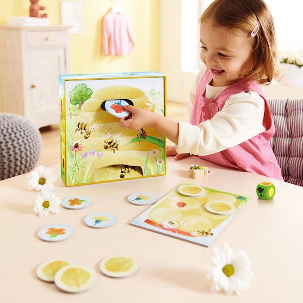 mis-primeros-juegos-la-abeja-adela-haba-el-mundo-de-mico2