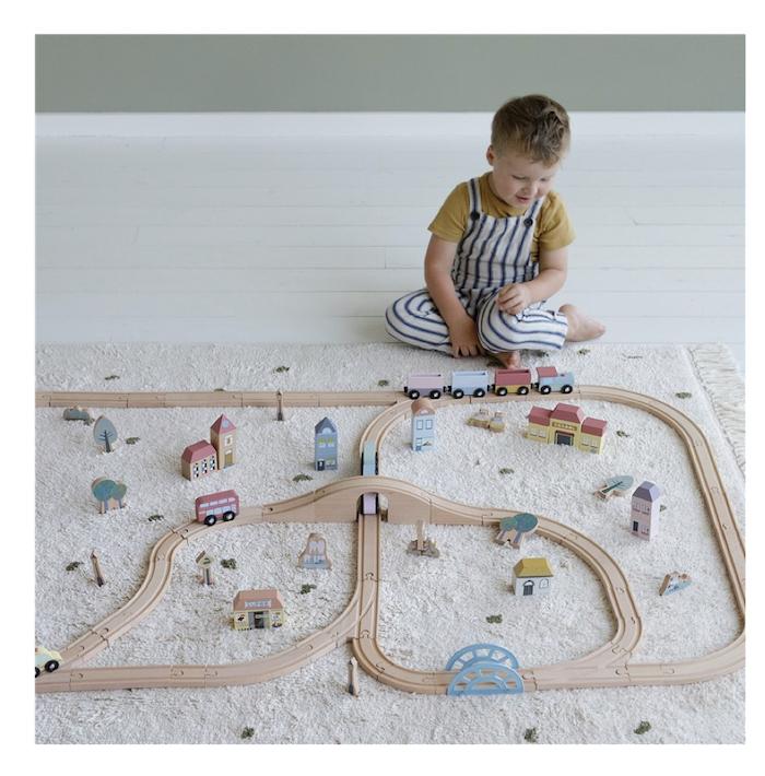 ciudad-sistema-de-trenes-little-dutch1