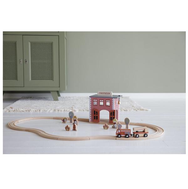 estacion-de-bomberos-sistema-de-trenes-little-dutch3